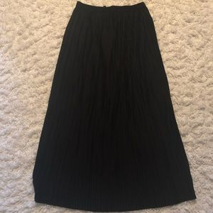 Topshop Pleated Maxi Skirt | Size 6